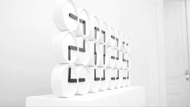 The-Clock-Clock-White5-640x360